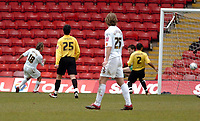 Photo: Leigh Quinnell.<br /> Watford v Luton Town. Coca Cola Championship. 09/04/2006. Lutons Ahmet Brkovic fires in his goal.