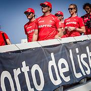 © Maria Muina I MAPFRE. Sailing parade for the start of the prologe race in Lisbon. Desfile de tripulaciones para la salida de la etapa prólogo en Lisboa.