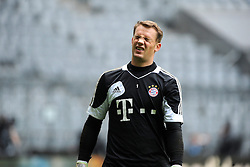 14.05.2013, Allianz Arena, Muenchen, GER, UEFA CL, FC Bayern Muenchen, Medientag, im Bild Torwart Manuel NEUER (FC Bayern Muenchen) mit verzerrtem Gesicht. Freisteller // during the open media day of FC Bayern Munich in front of the UEFA Champions League Final 2013 held at the Alianz Arena, Munich, Germany on 2013/05/14. EXPA Pictures © 2013, PhotoCredit: EXPA/ Eibner/ Wolfgang Stuetzle..***** ATTENTION - OUT OF GER *****