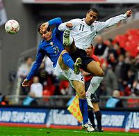 Photo: Alan Crowhurst.<br />England U21 v Italy U21. International Friendly. 24/03/2007. England's Wayne Routledge (R) challenges with Simone Padoin.