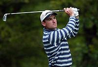 Photograph: Scott Heavey<br />Volvo PGA Championship At Wentworth Club. 25/05/2003.<br />Ignacio Garrido fires from the 5th.