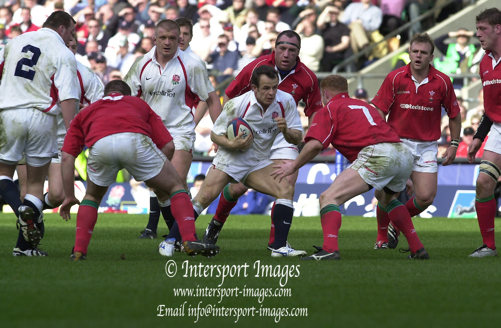 Peter Spurrier Sports  Photo.email pictures@rowingpics.com.Tel 44 (0) 7973 819 551.Photo Peter Spurrier.The Lloyds TSB Six Nations Championships.23/03/2002.England v Wales