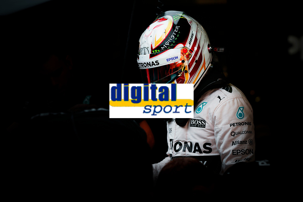 HAMILTON lewis (gbr) mercedes gp mgp w06 ambiance portrait during 2015 Formula 1 FIA world championship, Spain Grand Prix, at Barcelona Catalunya from May 8th to 10th. Photo Florent Gooden / DPPI