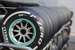 23.07.2015, Hungaroring, Budapest, HUN, FIA, Formel 1, Grand Prix von Ungarn, Vorberichte, im Bild Pirelli Reifen auf einem Wagen in einer Reihe // during the preperation of the Hungarian Formula One Grand Prix at the Hungaroring in Budapest, Hungary on 2015/07/23. EXPA Pictures © 2015, PhotoCredit: EXPA/ Eibner-Pressefoto/ Bermel<br /> <br /> *****ATTENTION - OUT of GER*****