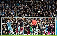 2016.11.01 Manchester<br /> Pilka nozna Liga Mistrzow sezon 2016/2017<br /> Manchester City - FC Barcelona<br /> N/z Kevin De Bruyne Marc-Andre ter Stegen<br /> Foto Sebastian Frej / PressFocus<br /> <br /> 2016.11.01 Manchester<br /> Football Champions League season 2016/2017<br /> Manchester City - FC Barcelona<br /> Kevin De Bruyne Marc-Andre ter Stegen<br /> Credit: Sebastian Frej / PressFocus