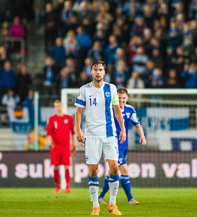 Suomen Tim Sparv EM2016-karsintaottelussa Suomi-Färsaaret. Olympiastadion, Helsinki, Suomi. 7.9.2015.