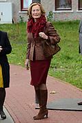 Koningin Maxima opent het nieuwe Isala ziekenhuis in Zwolle.Het nieuwe gebouw, ontworpen door Alberts & Van Huut, is uitgerust voor complexe medische zorg.<br /> <br /> Queen Maxima at the opening of the new Isala hospital in Zwolle.The new building, designed by Alberts & Van Huut, is equipped for complex medical care. <br /> <br /> Op de foto / On the photo:   hofdame mevrouw Jeekel-Thate / maid of honor Mrs. Jeekel-Thate