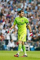 Real Madrid´s goalkeeper Iker Casillas during La Liga match between Real Madrid and F.C. Barcelona in Santiago Bernabeu stadium in Madrid, Spain. October 25, 2014. (ALTERPHOTOS/Victor Blanco)
