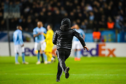 February 14, 2019 - MalmÅ, Sweden - 190214 A supporter invades the pitch after the Europa league match between MalmÅ¡ FF and Chelsea on February 14, 2019 in MalmÅ¡..Photo: Petter Arvidson / BILDBYRN / kod PA / 92225 (Credit Image: © Petter Arvidson/Bildbyran via ZUMA Press)
