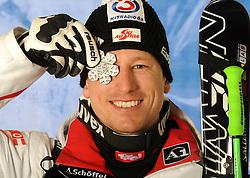 09.02.2011, Kandahar, Garmisch Partenkirchen, GER, FIS Alpin Ski WM 2011, GAP, Herren Super G, Medals Presentation, im Bild silber Medaillen Gewinner Hannes Reichelt (AUT) mit Silbermedaille // silver Medal for Hannes Reichelt (AUT) with Silver Medal during Men Super G, Fis Alpine Ski World Championships in Garmisch Partenkirchen, Germany on 9/2/2011 ++++ ATTENTION STRICTLY EMBARGO:  today, 6.30 p.m +++++, EXPA Pictures © 2011, PhotoCredit: EXPA/ E. Spiess