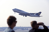 DEU, Germany, Hesse, Frankfurt, Airport Frankfurt, take off of a Jumbo of the Lufthansa.....DEU, Deutschland, Hessen, Frankfurt am Main, Flughafen Frankfurt, startender Jumbo der Lufthansa.........