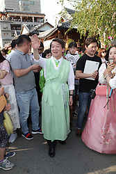 May 3, 2017 - Ahn Cheol-soo (C), presidential candidate of People's Party, attends a campaign at a traditional Hanok village in Jeonju, South Korea, May 3, 2017. A presidential by-election is scheduled for May 9th. (Credit Image: © Lee Sang-Ho/Xinhua via ZUMA Wire)