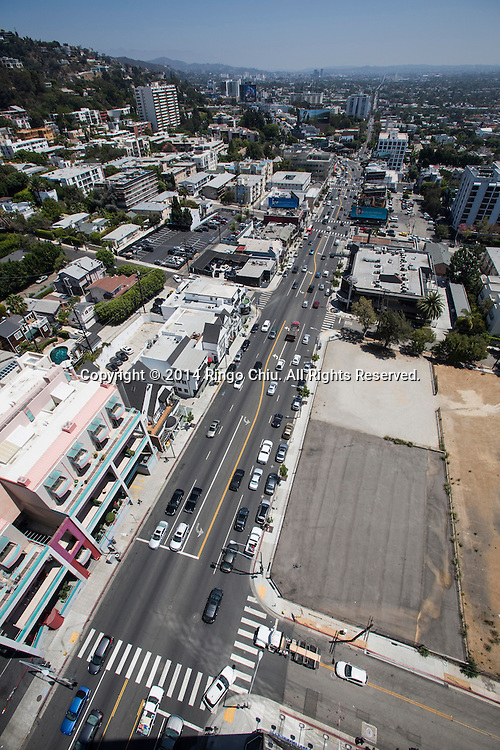 8950 Sunset Blvd. in West Hollywood.<br /> (Photo by Ringo Chiu/PHOTOFORMULA.com)