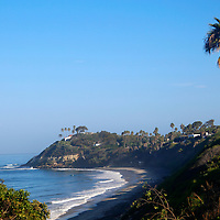 USA, Caslifornia, Cardiff by the Sea. Swami's Point Beach, view from Pipes, in Cardiff by the Sea (Encinitas).