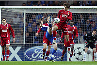 FOOTBALL - CHAMPIONS LEAGUE CUP 2003/04 - 1/4 FINAL 1ST LEG - 23/03/2004 - FC PORTO v OLYMPIQUE LYONNAIS - JUNINHO (LYON) / MANICHE (POR) - PHOTO JEAN MARIE HERVIO /DIGITALSPORT