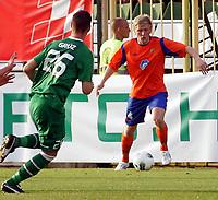 Fotball<br /> Kvalifisering UEFA Europa League<br /> 14.07.2011<br /> Ferencvaros v Aalesund<br /> Foto: Aleksandar Djorovic, Digitalsport<br /> <br /> Jonathan Parr (R) FK Aalesund