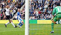 Photo: Paul Thomas.<br /> Preston North End v Birmingham City. Coca Cola Championship. 06/05/2007.<br /> <br /> Gary McSheffrey (Blue) of Birmingham misses this goal chance.