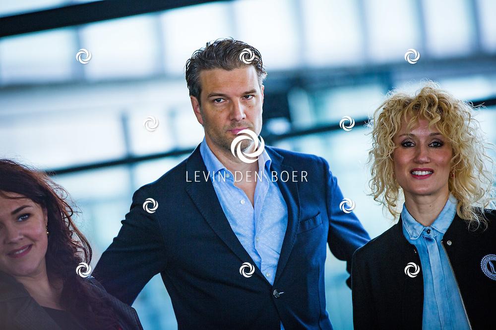 ROTTERDAM - Theater van de Klucht presenteert een nieuwe theaterproductie genaamd 'Boeing Boeing'. Met hier op de foto Bas Muijs en Femke van Assouw. FOTO LEVIN EN PAULA PHOTOGRAPHY VOF