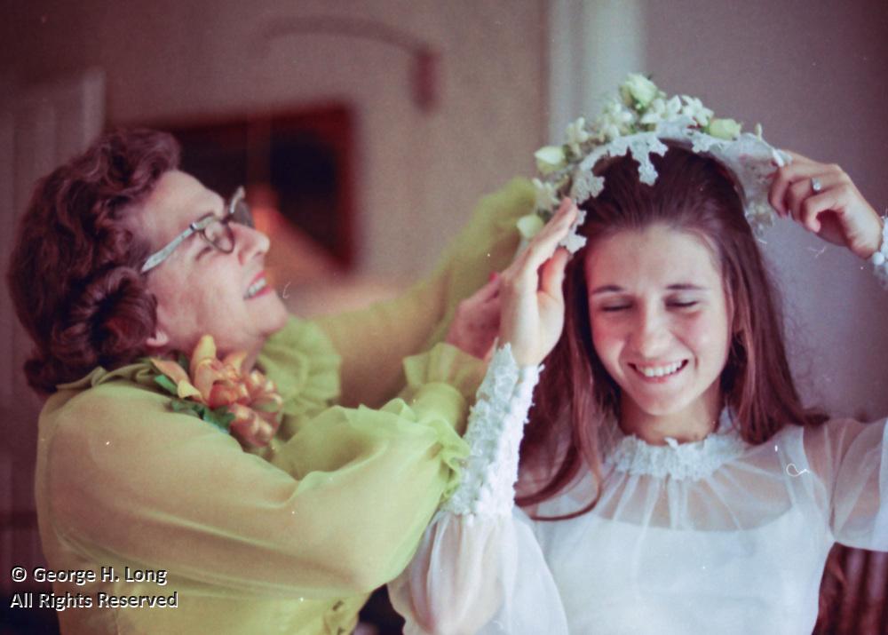 Deborah Dessommes bridal portraits; Debbie Blitch wedding photos by Frank Lotz Miller