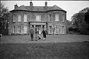 06-10/04/1964.04/06-10/1964.06-10 April 1964.Views on the River Shannon. Mrs Nora Reid (right) with her son Tom and daughter in law Breda at their farm home, Kilanure House, Glasson, Athlone. One of the walls of the house was part of a Dillon Castle.