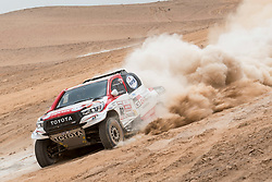 Giniel De Villiers (ZAF) of Toyota Gazoo Racing SA races during stage 04 of Rally Dakar 2019 from Arequipa to o Tacna, Peru on January 10, 2019 // Marcelo Maragni/Red Bull Content Pool // AP-1Y39ENVWH1W11 // Usage for editorial use only // Please go to www.redbullcontentpool.com for further information. //