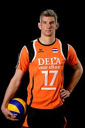 25-04-2013 VOLLEYBAL: NEDERLANDS MANNEN VOLLEYBALTEAM: ROTTERDAM<br /> Selectie Oranje mannen seizoen 2013-2014 / Rob Bontje<br /> ©2013-FotoHoogendoorn.nl