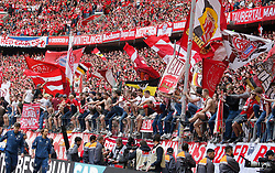 18.05.2019, Allianz Arena, Muenchen, GER, 1. FBL, FC Bayern Muenchen vs Eintracht Frankfurt, 34. Runde, Meisterfeier nach Spielende, im Bild Bayern Fans in der Südkurve // during the celebration after winning the championship of German Bundesliga season 2018/2019. Allianz Arena in Munich, Germany on 2019/05/18. EXPA Pictures © 2019, PhotoCredit: EXPA/ SM<br /> <br /> *****ATTENTION - OUT of GER*****