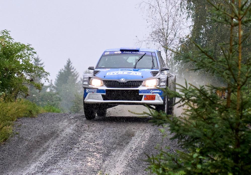 2021-08-27 ÄLMHULT<br /> South Swedish Rally 2021<br /> <br /> Christoffer HaglundSMK Nyköping<br /> Nicklas EdvardssonSMK Nyköping<br /> Škoda Fabia R5<br /> <br />  ***betalbild***<br /> <br /> Foto: Peo Möller<br /> <br /> South Swedish Rally 2021, rally, rallybil, grusväg, tävling, Älmhult, SM, deltävling, regn, Sydsvenska Rallyt 2021