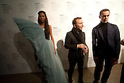 APPHIA MICHAEL; TONY CHAMBERS; NICK VINSON, Wallpaper* Design Awards. Wilkinson Gallery, 50-58 Vyner Street, London E2, 14 January 2010 *** Local Caption *** -DO NOT ARCHIVE-© Copyright Photograph by Dafydd Jones. 248 Clapham Rd. London SW9 0PZ. Tel 0207 820 0771. www.dafjones.com.<br /> APPHIA MICHAEL; TONY CHAMBERS; NICK VINSON, Wallpaper* Design Awards. Wilkinson Gallery, 50-58 Vyner Street, London E2, 14 January 2010