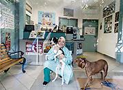 Oristano, Clinica Veterinaria due Mari,Dott.ssa Pais con Palla e Freccia
