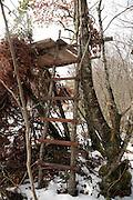 improvised hunters outlook post during winter season