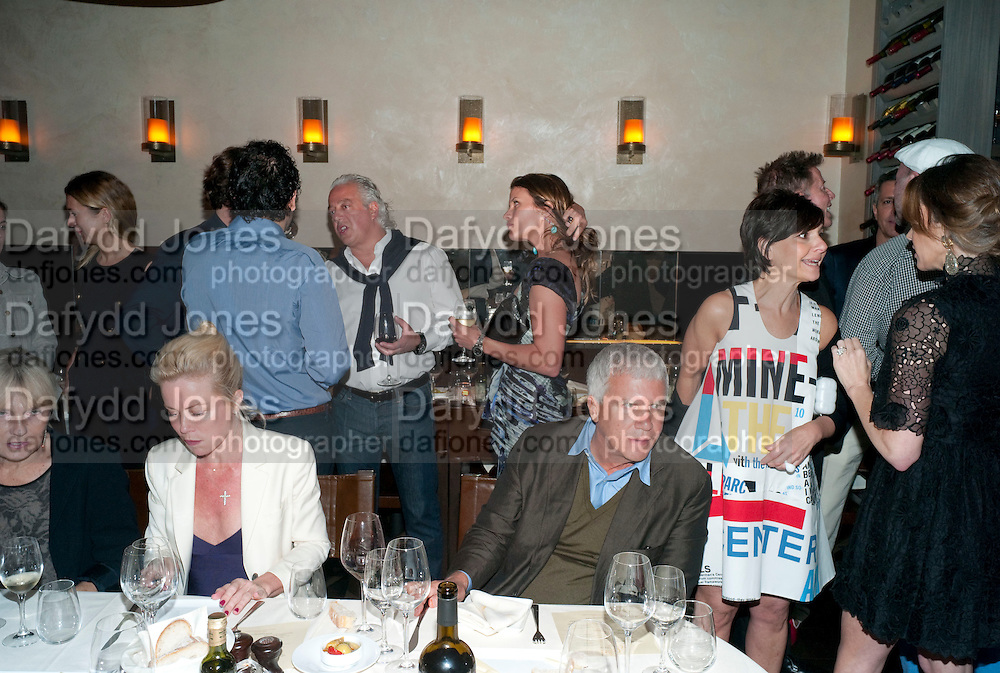 ABY ROSEN; LARRY GAGOSIAN; LISA PERRY, ;Aby Rosen & Samantha Boardman Dinner at Solea,Collins ave,  Miami Beach. 2 December 2010. -DO NOT ARCHIVE-© Copyright Photograph by Dafydd Jones. 248 Clapham Rd. London SW9 0PZ. Tel 0207 820 0771. www.dafjones.com.