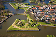 Nederland, Noord-Holland, Naarden, 16-04-2008; Naarden-vesting; bastion, verdedigingswerken, vestingstad, Naarden vesting..luchtfoto (toeslag); aerial photo (additional fee required); .foto Siebe Swart / photo Siebe Swart.