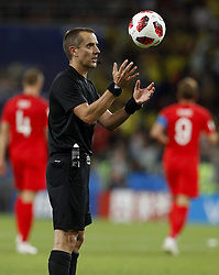 July 3, 2018 - Moscou, Rússia - MOSCOU, MO - 03.07.2018: COLOMBIA VS ENGLAND - The referee Mark Geiger (USA) during the match between Colombia and England, valid for the eighth round of the 2018 World Cup held at the Spartak Stadium in Moscow, Russia. (Credit Image: © Rodolfo Buhrer/Fotoarena via ZUMA Press)