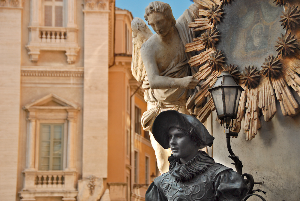 Italy is a paradise for visitors, full of beautiful architecture and art. Public spaces are beautifully adorned with sculptures and fountains providing postcard worthy street scenes for visitors.