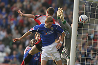 Photo: Pete Lorence.<br />Leicester City v Southampton. Coca Cola Championship. 14/10/2006.<br />Richard Stearman sends the ball into the back of the net, taking Leicester into a 3-2 lead.