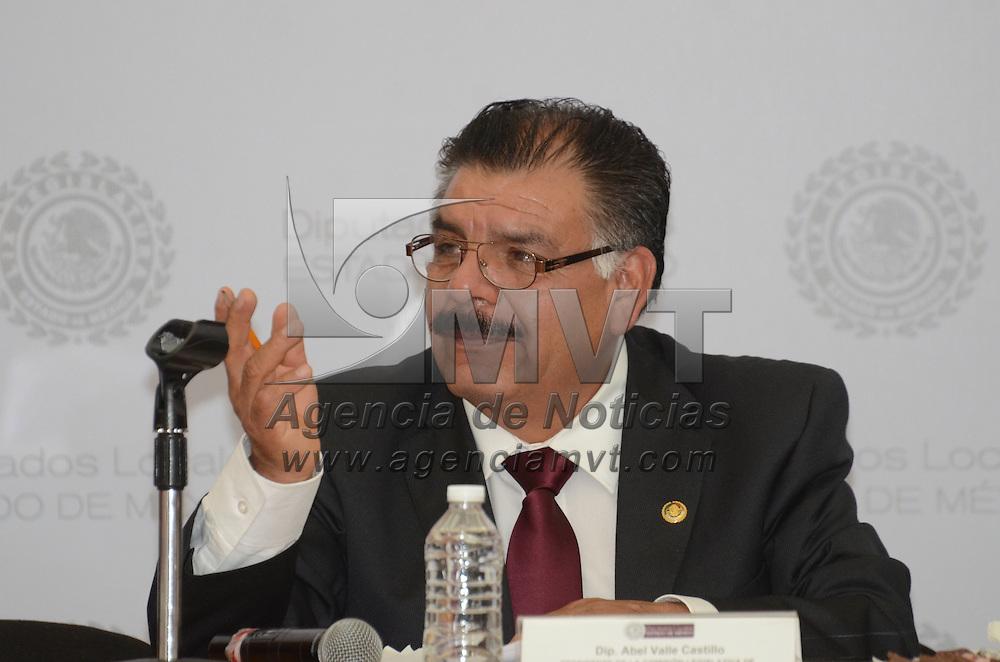 Toluca, Méx.-  El diputado Abel Valle Castillo durante la instalación de la comisión legislativa de Protección Civil. Agencia MVT / José Hernández