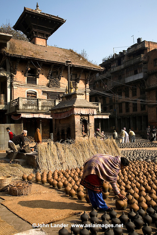 Potters Square in Bhaktapur is the centre for pottery and ceramics in the Kathmandu Valley.  This area of Bhaktapur has been producing pottery since the 15th century.