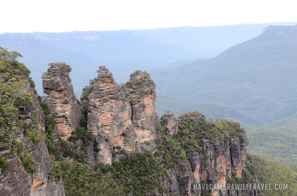The rock formation known as the Three Sisters in the Blue Mountains as seen from Echo Point in Katoomba, New South Wales, Australia.
