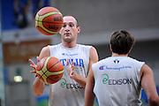 DESCRIZIONE : Trento Primo Trentino Basket Cup Nazionale Italia Maschile <br /> GIOCATORE : Marco Cusin<br /> CATEGORIA : allenamento<br /> SQUADRA : Nazionale Italia <br /> EVENTO :  Trento Primo Trentino Basket Cup<br /> GARA : Allenamento<br /> DATA : 26/07/2012 <br /> SPORT : Pallacanestro<br /> AUTORE : Agenzia Ciamillo-Castoria/C.De Massis<br /> Galleria : FIP Nazionali 2012<br /> Fotonotizia : Trento Primo Trentino Basket Cup Nazionale Italia Maschile<br /> Predefinita :