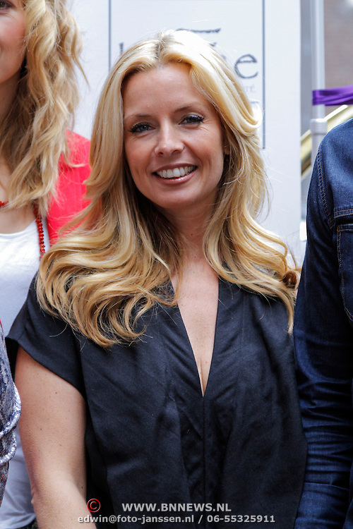NLD/Amsterdam/20120329 - Lancering 1e Giftsuite, Candy Dulfer