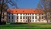 Renesansowy zamek w Suchej Beskidzkiej, Polska<br /> Renaissance castle in Sucha Beskidzka, Poland