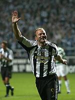 Photo: Andrew Unwin.<br /> Newcastle United v Glasgow Celtic. Alan Shearer Testimonial. 11/05/2006.<br /> Newcastle's Alan Shearer celebrates in trademark fashion for the final time.