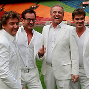 NLD/Amsterdam/20110519 - De Toppers kiezen de 5de Topper voor hun concert 2011, met winaars Danny Nicolai en .......
