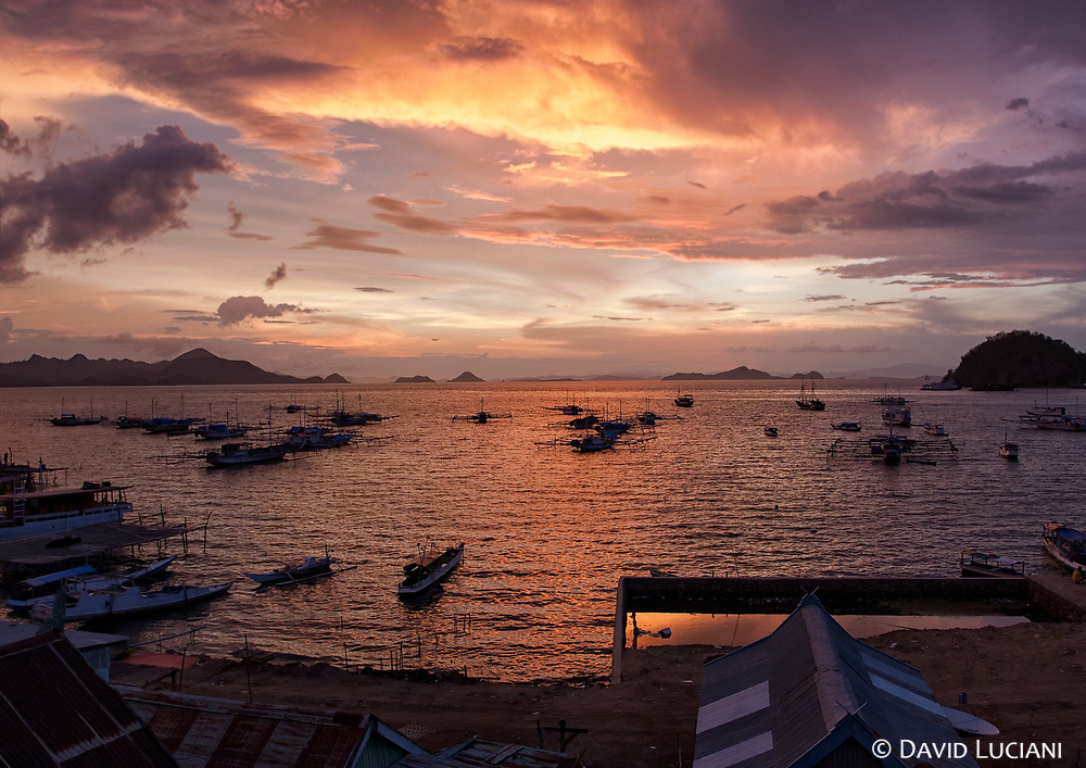 Labuan Bajo is the westernmost famous town in Flores. Labuan Bajo is also the epicenter of tourism, from where you can start some nice dives around the island or book a trip to Komodo Island or Rinca Island.