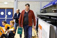 ROTTERDAM - Joost de Vries, manager Amsterdam tijdens de  finale zaalhockey om het Nederlands kampioenschap tussen de  mannen van Amsterdam en Kampong. Kampong wint met 3-2 het Kampioenschap. ANP KOEN SUYK