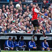 NLD/Rotterdam/20100919 - Voetbalwedstrijd Feyenoord - Ajax 2010, Kopbal van Luc Castaignos
