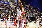 DESCRIZIONE : Biella Lega A 2008-09 Playoff Semifinale Gara 2 Angelico Biella Armani Jeans Milano<br /> GIOCATORE : James Gist<br /> SQUADRA : Angelico Biella<br /> EVENTO : Campionato Lega A 2008-2009 <br /> GARA : Angelico Biella Armani Jeans Milano<br /> DATA : 31/05/2009<br /> CATEGORIA : Rimbalzo<br /> SPORT : Pallacanestro <br /> AUTORE : Agenzia Ciamillo-Castoria/G.Cottini<br /> Galleria : Lega Basket A1 2008-2009 <br /> Fotonotizia : Biella Lega A 2008-09 Playoff Semifinale Gara 2 Angelico Biella Armani Jeans Milano<br /> Predefinita :