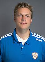 ARNHEM - Video operator Frank Wijbenga. Nederlands Hockeyteam dames voor Wereldkamioenschappen hockey 2014. FOTO KOEN SUYK