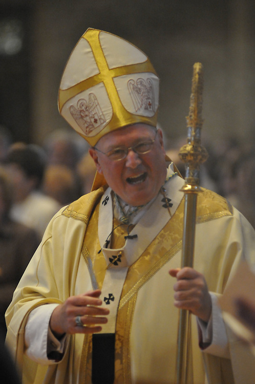 Archbishop Dolan at Easter mass, Sunday April 12 2009.  This is his last mass as Archbishop of Milwaukee.